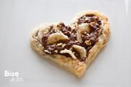 榛子巧克力做的爱心馅饼