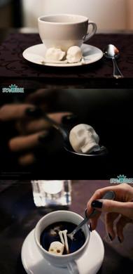 骷髅控的大福利:Skull sugar cubes头骨方糖!喝个咖啡豆可以耍酷