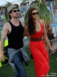 Ian和Nina,还是养眼~! Coachella音乐节