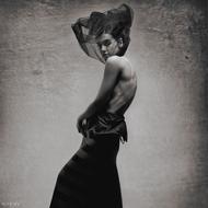 来自摄影师~瓦迪姆·斯坦的人体摄影作品