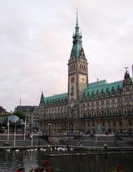 德国人到底有多重视时间?看看他们的建筑吧!1
