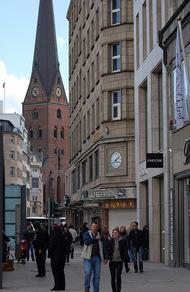 德国人到底有多重视时间?看看他们的建筑吧!6