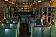 奥巴马(obama)的2012年摄影师Pete Souza跟随奥巴马 记录了2012年奥巴马的生活 那些引人注意的经典照片 也给我们留下了深刻印象