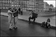 捕捉巴黎街头浪漫瞬间,作者Peter Turnley