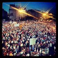 最后是一张有关阿根廷大约30万人齐聚首都布宜诺斯艾利斯反对政府的图片。  纪实摄影:Instagram 2012年10大照片