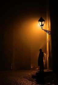 你的负担将变成礼物,你受的苦将照亮你的路。——泰戈尔