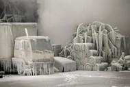 冬天 200名火警对抗一场5级火灾后 作者 Scott Olson