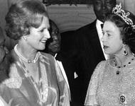 她有一双暴君的眼睛,一张梦露的嘴——法国前总统密特朗对铁娘子撒切尔夫人的评价