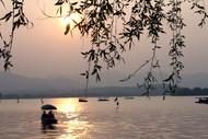 西湖夕阳西下