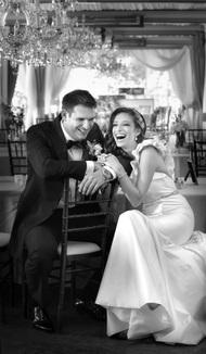 """作为一名摄影师,Storey一直坚持要追寻心灵。婚礼摄影师Storey说:""""如果说母亲是世界上第二好的职业,那世界上最好的职业也许就是摄影师。来源摄影之友"""