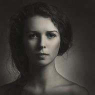 来自乌克兰摄影师Paul Apalkin的几幅肖像摄影作品